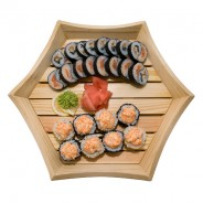 Partying with Friends or Colleagues? Try a Special Platter at Maki-Maki